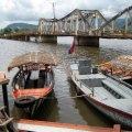 image 017-keyman-tour-boat-alongside-customs-boat-jpg