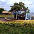image 032-giant-sand-crab-sculpture-jpg