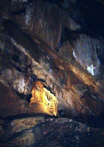 image 32-marakoopa-cave-great-cathedral-cavern-jpg