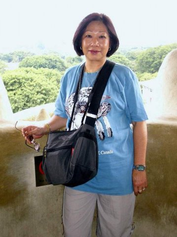 image 280-2004-sep-11-inside-merlions-mouth-sentosa-island-singapore-jpg