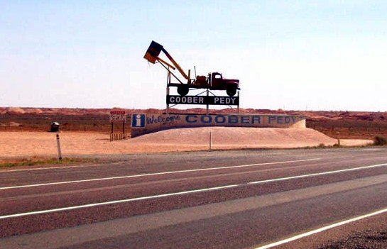 image 004-sa-coober-pedy-opal-mining-town-jpg