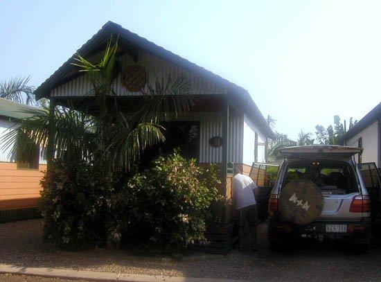 image 076-our-cabin-for-the-night-at-caravan-resort-jpg
