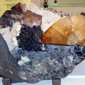 image calcite-with-fluorite-and-sphalerite-jpg