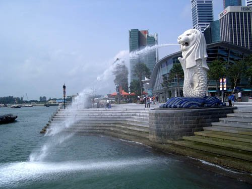 image 015-merlion-at-mouth-of-singapore-river-jpg