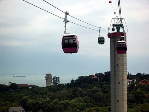 image 092-cable-car-to-sentosa-jpg