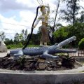 image 084-statue-of-neang-rom-sai-sok-goddess-let-down-long-hair-and-ah-thuun-the-crocodile-park-nearindependence-beach-sihanoukvile-jpg